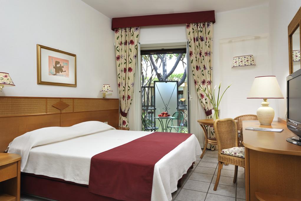 hotel riva del sole spa a castiglione della pescaia. Black Bedroom Furniture Sets. Home Design Ideas