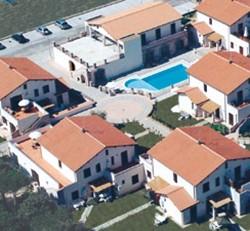 Hotel Borgo Valmarina