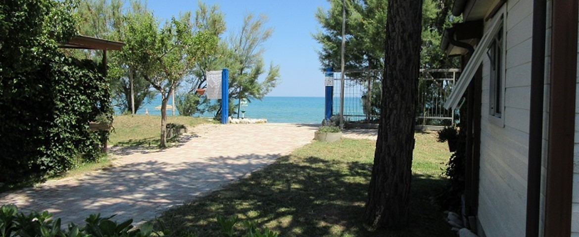 PINETO BEACH VILLAGE E CAMPING