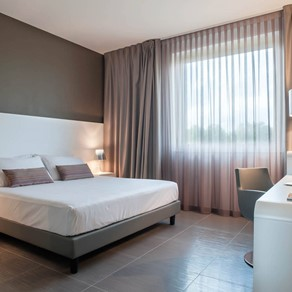 8 Piu Hotel