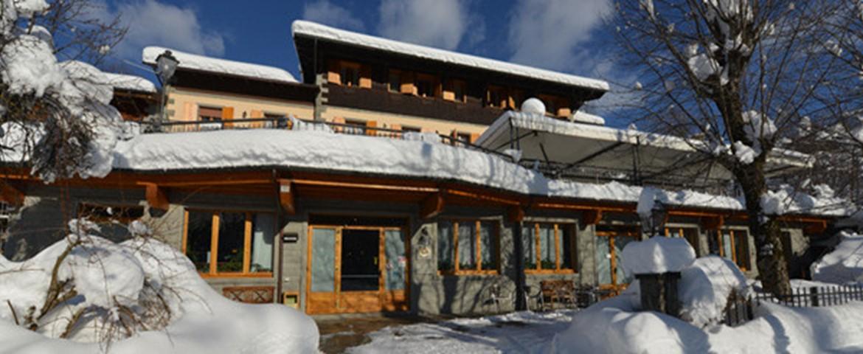Hotel il laghetto a fiumalbo for Il laghetto