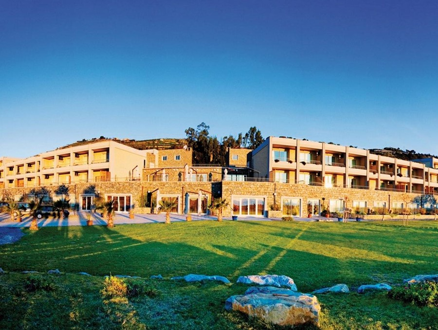 Hotel Aregai Marina